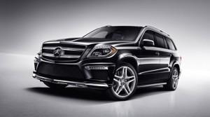 2013_Mercedes-Benz_GL550_4MATIC_475817