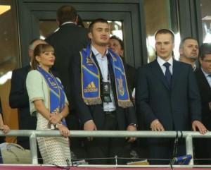 Віктор і Олександр Януковичі ходили на великий футбол, але стосунку до клубів не мали.