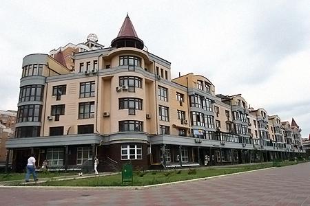 Квартира Януковича на Оболонській набережній.