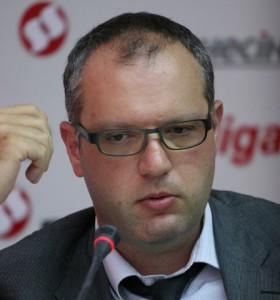 Артем Кадомський.