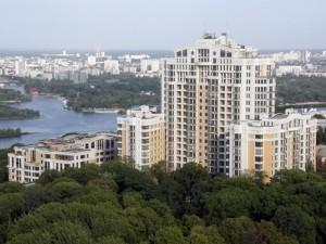 Тесть Яценка має щонайменше дві квартири по вул. Грушевського, 9а, які здає в оренду одеському губернатору Палиці