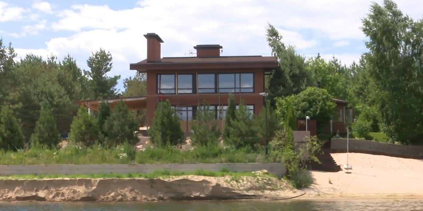 13 будинок юрєва на березі