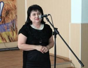 Лариса Бабакова стала чиновницею мерії і почала вигравати великі тендери на харчування школярів