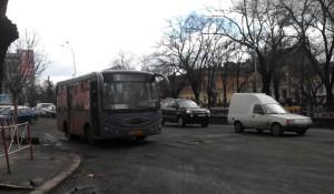 На маршрут №3 потрапили не нові автобуси, а ті, які працювали на приміському маршруті «Ужгород-Часлівці». Фото автора