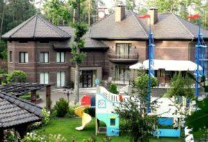маєток Кузьміна1