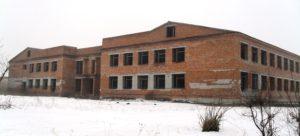 Недобудована школа у Новолабуні