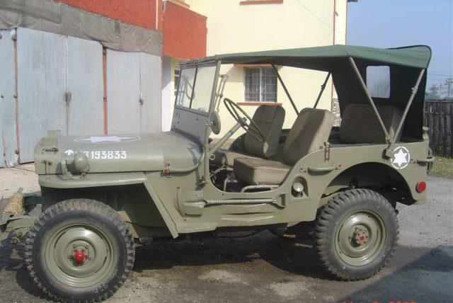 Американський армійський автомобіль підвищеної прохідності часів Другої світової війни. Початок серійного виробництва - 1941 рік