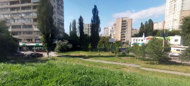 Сквер в Голосієво-2
