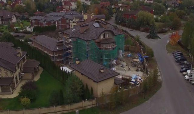 Более 100 тыс. долларов, 50 тыс евро и чужая комната, - е-декларация Лещенко - Цензор.НЕТ 8805