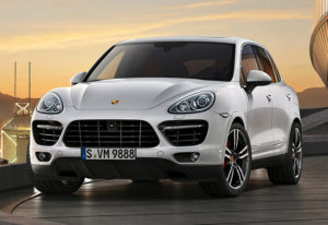 2013 Porsche Cayenne Turbo S (958); top car design rating and specifications
