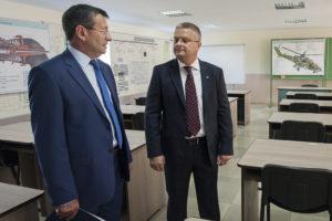 Екс-директор Авіакон Анатолій Буцан (зліва) та гендиректор Укроборонпром Роман Романов