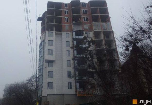 Ввели в експлуатацію незаконно 10-поверхівку на ділянці Білозір, якові нібіто звелено всього за кілька днів (фото)