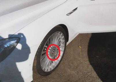 Власніця авто, Якій в АРМА пошкодили та обікрали автомобіль, подала иск до Агентства на 120 тисяч
