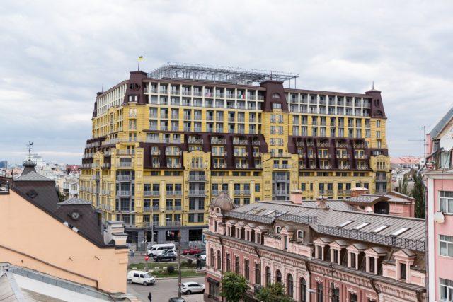 ДАБІ відмовилася ввести в експлуатацію будинок-монстр на Подолі
