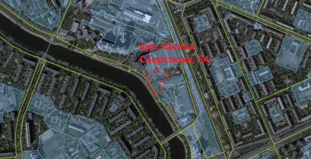 Експерти КНДІСЕ встановлюють дані про ймовірну махінацію на березі Русанівського каналу, де зводять 24-поверхівку