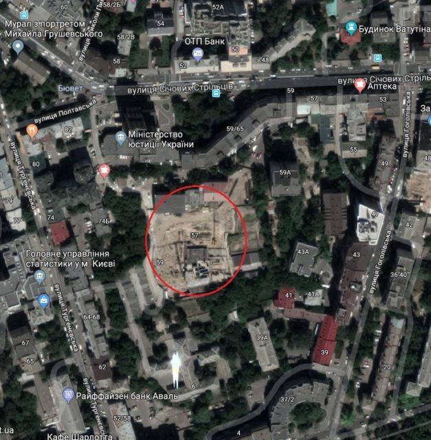 Суд визнав порушення по ділянці Міноборони у центрі Києва, де хочуть звести 26-поверхівку, однак відмовив прокурору через строки