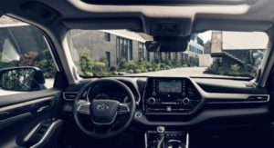 Підприємство «Укроборонпрому» купило позашляховик зі скляним панорамним дахом за 1,6 мільйона